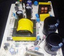 谈谈电解电容的一些特性和在维修更换中的注意事项